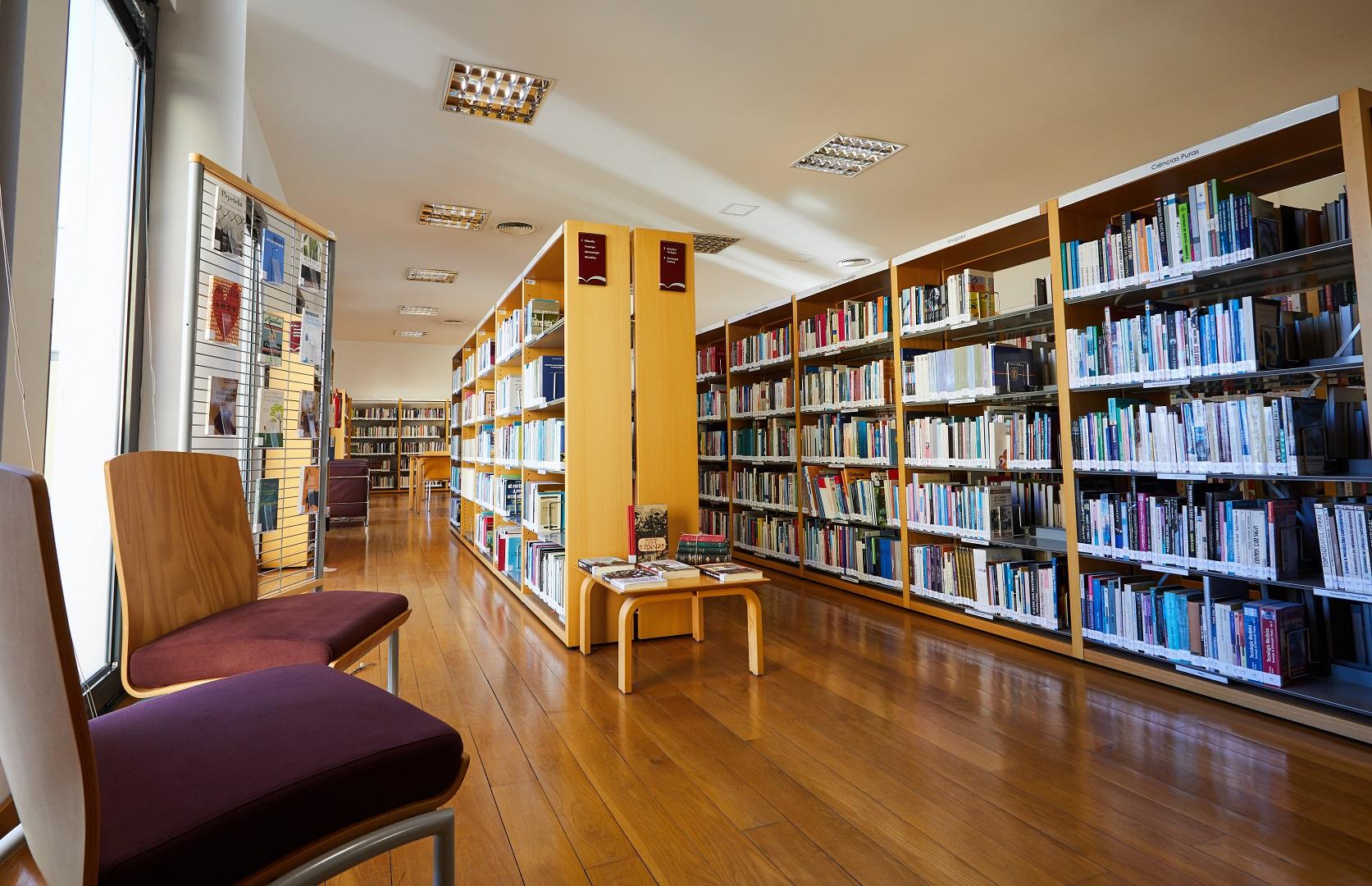 Biblioteca Municipal da Mealhada reabre ao público, mas continua ...